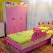 Do you need help decorating a childrens' room?